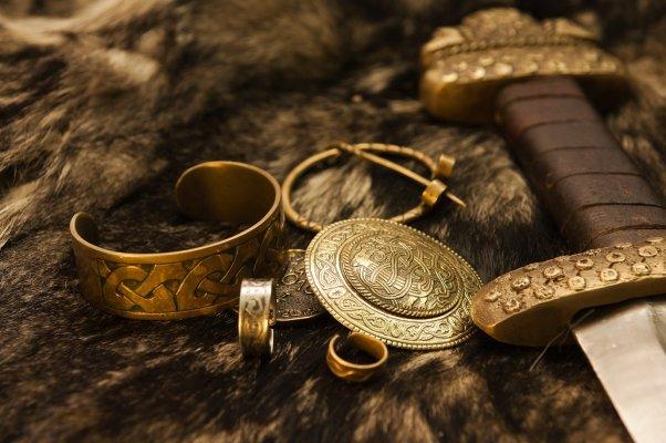 Magische Gegenstände der Nordischen Götter - Magische Gegenstände der Nordischen Götter