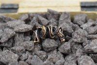Zweiköpfige Drachen Bartperle aus Bronze.
