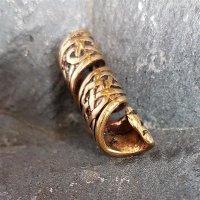 Spiralförmige Bartperle mit keltischen Knotenmuster aus Bronze