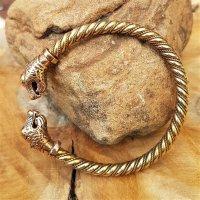 Oseberg Armreif mit Drachenköpfen aus Bronze