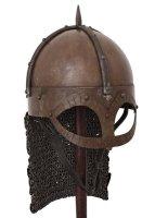 Der Gjermundbu Helm mit vernieteter Brünne, 2 mm Stahl Small: 58 cm x 20,5 cm x 17 cm 2,6 kg