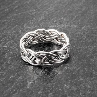 Keltischer Knoten Ring aus 925er Sterling Silber 55 (17,5) / 7 US
