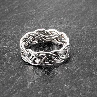 Keltischer Knoten Ring aus 925er Sterling Silber 70 (22,3) / 13 US
