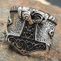 Thorshammer Ring mit keltischen Knoten aus Edelstahl