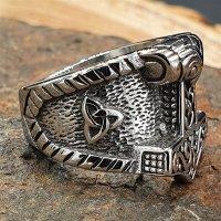 Thorshammer Ring mit keltischen Knoten aus Edelstahl 72 (23,0) / 14 US