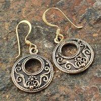 "Ohrhänger ""VAR"" aus Bronze."