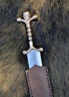 Keltischer Dolch mit Bronzegriff und Lederscheide