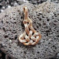 """Keltischer Knoten Schmuckanhänger """"Álfur"""" aus Bronze"""