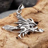 Hexe auf Besen Anhänger aus 925 Sterling Silber