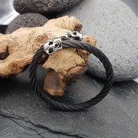 Edelstahl Stahlseil Armband mit Totenköpfen -  flexibel Schwarz