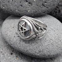 Pentagramm Ring verziert mit Ziegenköpfe aus 925 Sterling Silber 67 (21,3) / 11,8 US