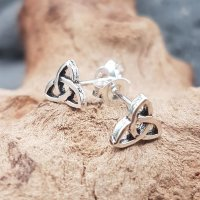 Triquetra Ohrstecker YONA aus 925er Sterling Silber