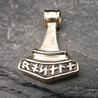 Thors Hammer Schmuck Anhänger aus Bronze mit Runen