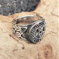 Pentagramm Ring verziert mit Runen und keltische Knoten aus 925 Sterling Silber 64 (20,4) / 10,7 US