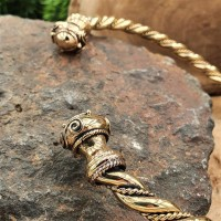 "Celtic Torq choker ""UAINE"" made of bronze"