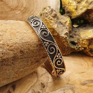 Medieval bracelet BARBARA with spiral pattern made of bronze