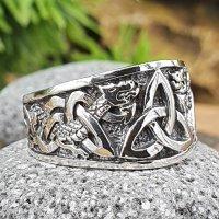 Keltischer Knoten Ring verziert mit der Midgardschlange...