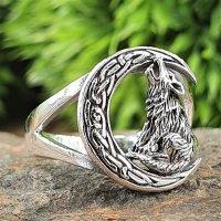 Wolf auf Mond Ring aus 925 Sterling Silber