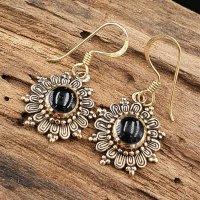 Ohrhänger mit schwarzem Mondstein aus Bronze