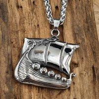 Edelstahl Halskette mit einem Wikingerschiff...